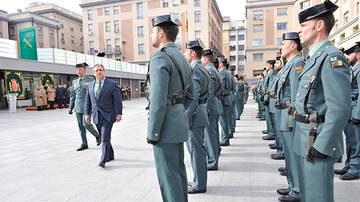"Guardias civiles acusan de ""sectarismo"" al Parlament"