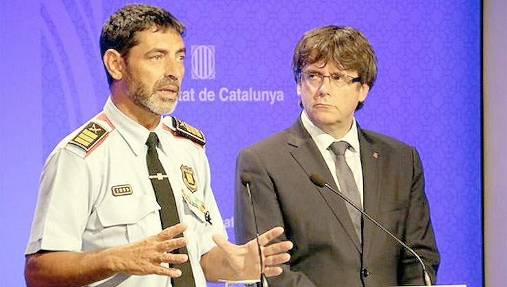 Puigdemont hunde a Trapero