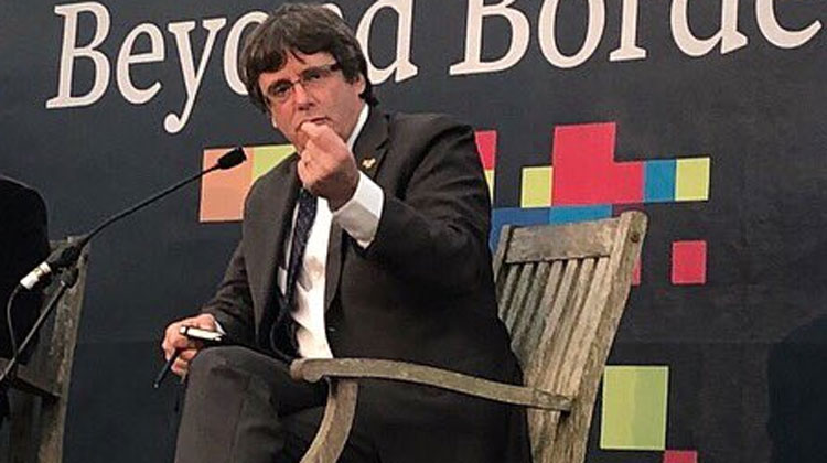 Puigdemont ve injusto que le critiquen