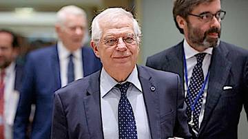 Borrell, ante el tripartito