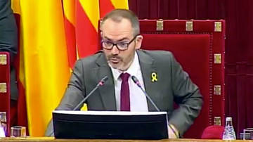 El vicepresidente del Parlament ignora al TC